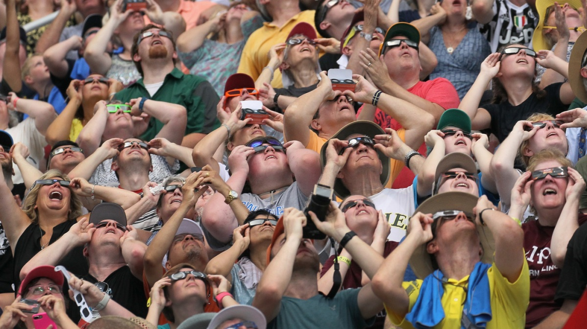 Eye Damage From The Eclipse Might Show Up The Next Day : Shots - Health News : NPR
